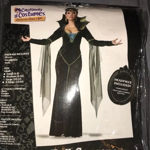 Other - Woman's Sorcerer costume size 10/12